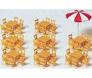 модель Preiser 17201 Столы (8 шт) и стулья (48 шт), зонтик