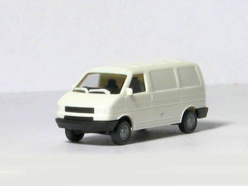 модель Roco 942
