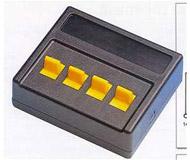 модель Roco 10524 Стандартный включатель (положение вкл/выкл). 4 переключателя, каждый рассчитан на максимальный ток 0.5 A.