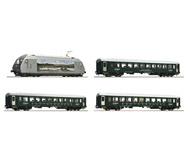 модель Roco 61451 Пассажирский состав: электровоз EL 18, три пассажирских вагона NMJ. Принадлежность NSB. Эпоха VI