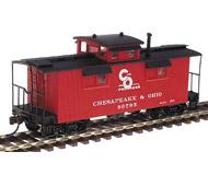 """модель Horston 13353-85 Комиссионная модель. 25' деревянный вагон-caboose для отдыха бригады локомотива 20-х годов прошлого века. Принадлежность Chesapeake & Ohio со слоганом For Progress. Производство WALTHERS. Серия """"Platinum Line"""", артикул по каталогу WALTHERS 932-7522. Состояние новой модели. В родной коробке."""