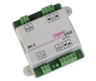 """модель Horston 13614-94 Комиссионная модель. LENZ BM3. Новый, без упаковки. LENZ BM-3 - блок управления с асимметричным DCC и сигнальным модулем. Фактически это модуль BM-2, в который добавили модуль контроля блок-участка. Позволяет с помощью цепи, составленной из блоков BM-3, контролировать прохождение составов по макету. Например, если впереди на участке, контролируемом следующим блоком, находится поезд, то на участке позади него будет включен сигнал стоп (""""красный свет""""). Также может использоваться как датчик занятости перегона. Предназначен для использования с любыми декодерами, поддерживающими ABC (Automatic Braking Control ) Причина продажи - остались лишние после завершения работы над макетом. Фотография выполнена с одного из продаваемых модулей Lenz BM3."""