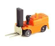 модель Horston 13958-90 Комиссионная модель. Погрузчик. Сделано в ГДР. Без коробки. Фотография выполнена с продаваемой модели.