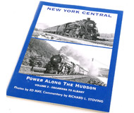 "модель Horston 14730-85 Комиссионная модель. Книга New York Central Power Along the Hudson, Vol. 2: Oscawana to Albany (Локомотивы дороги New York Central вдоль Гудзона, том. 2: из Оскаваны в Олбани). Автор Richard L. Stoving. Описание в оригинале: <i>Most of the photos in this two-volume series were taken before WWII by legendary photographer Ed May. In volume 2, witness the parade of Niagaras, Pacifics, Mohawks and even streamlined Hudsons and diesels storming up and down the east shore of the Hudson River. These photos are run large on the page so you can see all of the details — no ""snapshots"" here! Each volume contains 74 b/w photos.</i>   Мягкая обложка, 48 страниц. Издатель: The Railroad Press (2005 г.). ISBN-10: 1931477175. На английском языке. Книга в отличном состоянии. Фотография сделана с продаваемой книги."