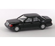 модель Железнодорожный Моделизм 15531-54 Легковой автомобиль Mercedes Benz 260E. Производство Wiking. Артикул по каталогу Wiking 13 153. Состояние новой модели, коробочного хранения. В родной упаковке. Фотография выполнена с продаваемой модели.