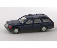 модель Horston 15532-54 Легковой автомобиль Mercedes Benz 230TE. Производство Wiking. Артикул по каталогу Wiking 13 154. Состояние новой модели, коробочного хранения. В родной упаковке. Фотография выполнена с продаваемой модели.