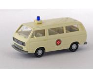 модель Железнодорожный Моделизм 15538-54 Микроавтобус Volkswagen Transporter фирмы Johanniter Einsatzwagen. Производство Wiking. Артикул по каталогу Wiking 12 320. Состояние новой модели, коробочного хранения. В родной упаковке. Фотография выполнена с продаваемой модели.