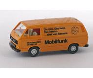 модель Horston 15539-54 Микроавтобус Volkswagen Transporter. Производство Wiking. Состояние новой модели, коробочного хранения. В родной упаковке. Фотография выполнена с продаваемой модели.