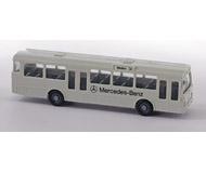 модель Железнодорожный Моделизм 15577-54 Городской автобус Mercedes Benz O 305. Производство Wiking. Артикул по каталогу Wiking 700. Состояние новой модели, коробочного хранения. В родной упаковке. Фотография выполнена с продаваемой модели.