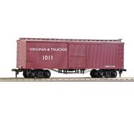 модель Железнодорожные модели 17258-85 Комиссионная модель. Старинный четырехосный вагон-рефрижератор. Сцепки Horn Hook. Производство Roundhause. В коробке. Вагон не катанный, стоял на застекленной полке. Фотография выполнена с продаваемого вагона.