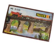 модель Железнодорожный Моделизм 18217-1 Набор из 6 опор для виадука или моста. Размер основания 1,9 х 4,5 см. Высота опоры 4,7 см. Идеально подходят для мостов и виадуков Faller FALLER. Артикул по каталогу FALLER 120549. Новый, запечатан.