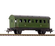 модель ZYX 19916-40 Комиссионная модель. Пассажирский вагон из первого каталога PICO, артикул вагона ME311, 1949 год (В написании названия компании PICO ошибки нет, первоначально компания называлась PICO Express) Стандартные сцепки с накидной петлей. Пластиковые колесные пары.  Без коробки. Из первых выпусков.