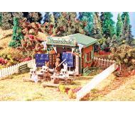 модель Vollmer 43607 Rabbit School -- Набор для сборки. Размер   12.5 x 12.5 x 4.5см.