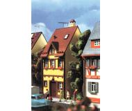 модель Vollmer 43671  Набор для сборки dwelling house Bahnhofstrasse 13. Размер  5.2 x 8.3 x 13.3 см.