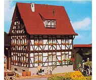 модель Vollmer 43730  Набор для сборки farm house. Размер  12 x 9 x 14.5 см.