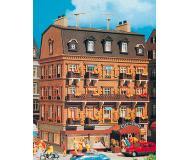 модель Vollmer 43782  Набор для сборки city-hotel. Размер  13.8 x 13 x 18.5 см.