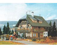 модель Vollmer 43792  Набор для сборки forest house. Размер  14 x 11.5 x 12.5 см.