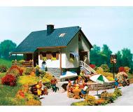 модель Vollmer 43848 House In The Park Набор для сборки.-- 19.0 x 15.5 x 8.0см.