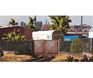 модель Vollmer 45009  Набор для сборки factory fence. contains 6 fences. длина каждого 15 см. and 2 gates.