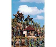 модель Vollmer 45129  Набор для сборки wine farmers utility house with 48 wine plants.