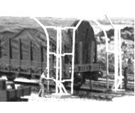 модель Vollmer 45705  Набор для сборки loading gauge and water crane. Размер  16 x 10 x 6.5 см.