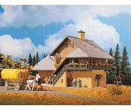 модель Vollmer 49270 Сельский дом